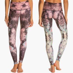 Teeki Eagle Feather Pink Hot Pant Leggings